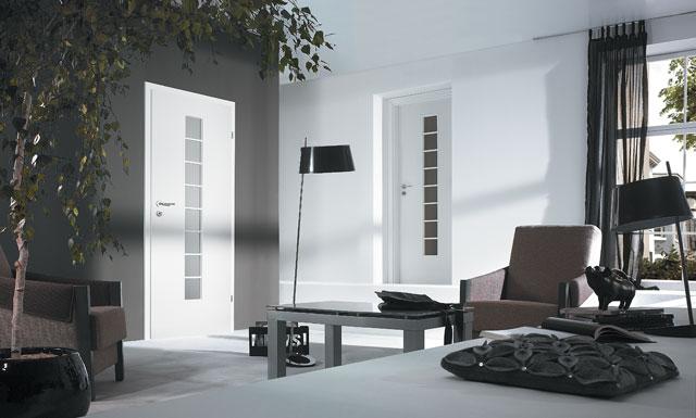 Porta Decor scarita - model usi interior culoare alba din lemn Porta Doors