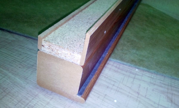 aliniere pervaz si element vertical de inchidere inainte de fixare