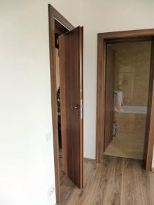 usa plianta la intrarea in dormitor pentru a nu se suprapune usi 3